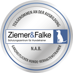 Ausbildungssiegel N.A.B. Ganzheitlicher Hunde-Verhaltenstrainer bei Ziemer & Falke